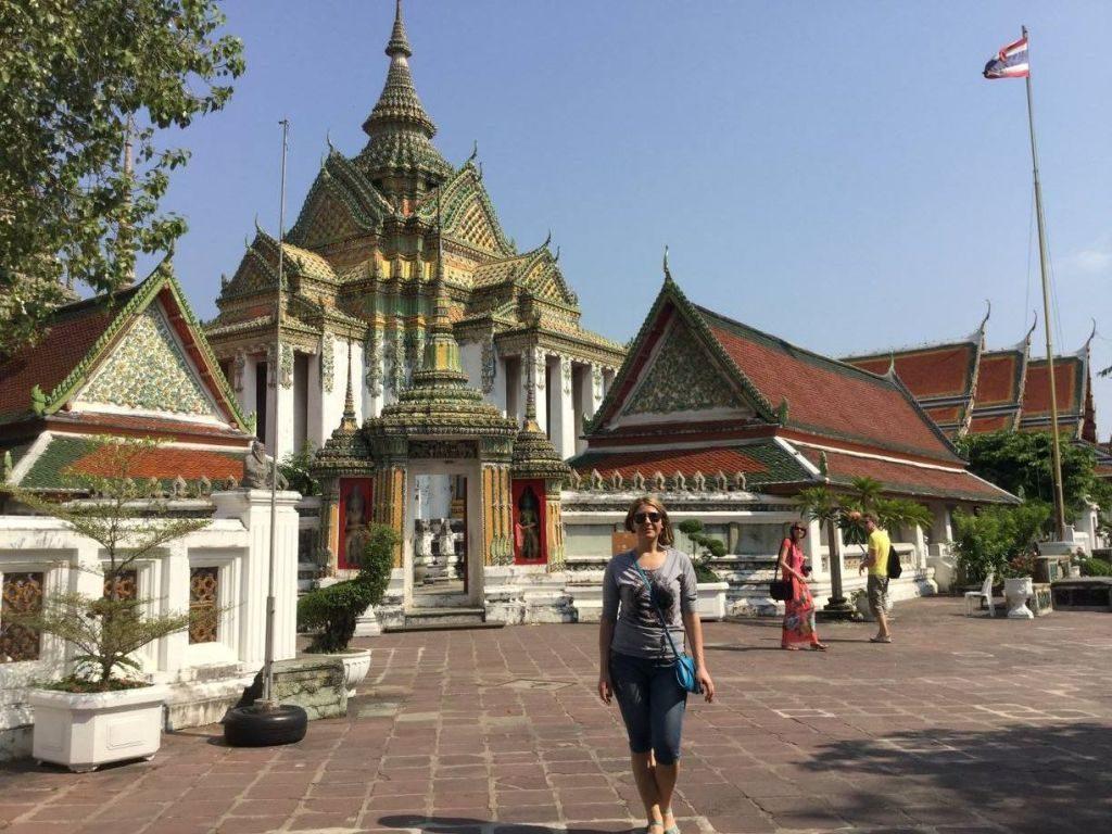 La pas prin Bankog