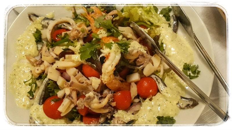 Salată pescărească la Taverna Maritsa