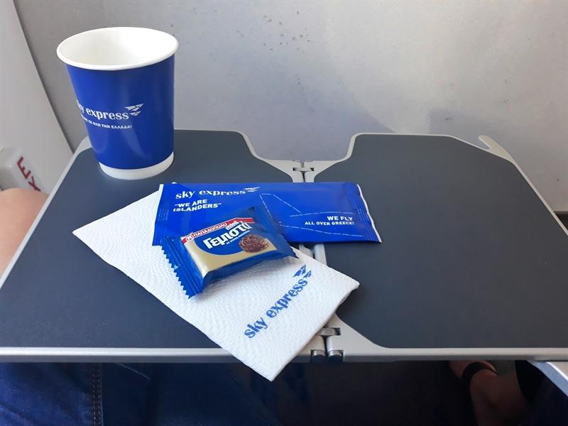 Catering la bord Sky Express